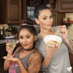 While JWoww cooks, Snooki bartends.