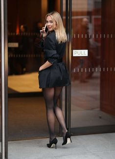 Kimberley Garner at London Fashion Week for Atelier Zuhra show. Kimberley Garner gave a very leggy display with oversized black playsuit check the images. Black Pantyhose, Black Tights, Nylons, Kimberley Garner, Style Feminin, High Fashion, Womens Fashion, Vogue Fashion, Fashion Hair
