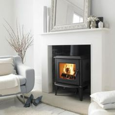 Morsø wood burning stove 7110 with Scandinavian design! , Morsø wood burning stove 7110 with Scandinavian design! The Morsø like all Morsø cast iron stoves, has a very large glass panel without any interferi. Wood Burner Fireplace, White Fireplace, Fireplace Hearth, Fireplace Surrounds, Fireplace Ideas, Paint Fireplace, White Mantle, Simple Fireplace, Fireplace Remodel