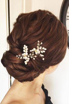 updo hairstyle fpr elegant brides ,wedding hairstyles,hairstyle ideas for bride,wedding hair ideas