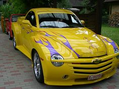 Chevrolet SSR Custom Cabrio Cool Trucks, Chevy Trucks, Pickup Trucks, Cool Cars, Custom Trucks, Custom Cars, Plymouth Prowler, Chevy Ssr, Yellow Car