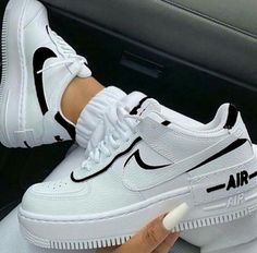 Air Force One Shoes, Nike Shoes Air Force, Air Force Sneakers, Nike Air Max, Cute Nike Shoes, Cute Nikes, Green Nike Shoes, Blue Nike, Black Shoes