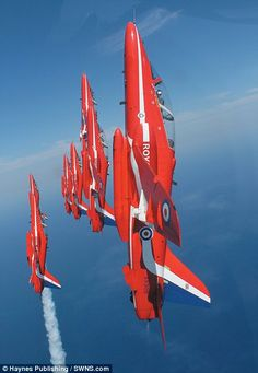 Red Arrows---I love flying :)#Repin By:Pinterest++ for iPad#