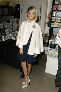 Who made Nicole Richie's white jacket that she wore to a book signing? Jacket – Chloe