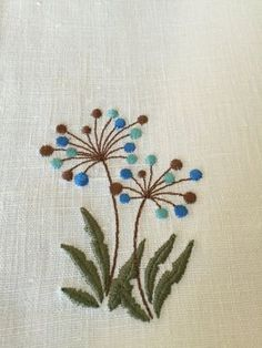 Japanese Embroidery Flowers Linen Placemats Set of 6 Embroidery Linen Table by Rokasdarbi Sashiko Embroidery, Learn Embroidery, Japanese Embroidery, Hand Embroidery Patterns, Embroidery Art, Cross Stitch Embroidery, Machine Embroidery, Flower Embroidery, Linen Placemats