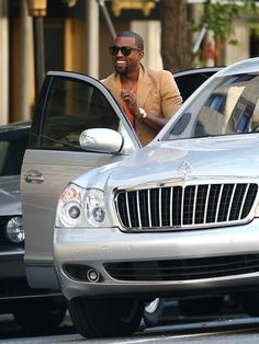 Kanye West and Christina Aguilera roll in their rides