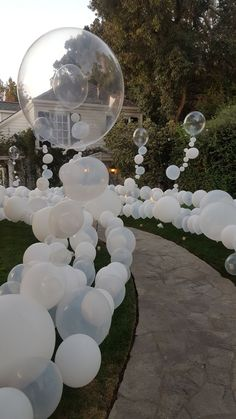 """This gorgeous balloon installation really """"wow""""-ed guests, who felt like they were walking through their very own bubble bath for this Rubber Ducky themed first birthday party! balloons The Statement Entrance White Party Decorations, Wedding Decorations, White Party Themes, 21st Birthday Decorations, Prom Decor, Graduation Decorations, Christmas Decorations, Decoration Entree, Balloon Installation"""