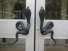 Yılan Şeklinde Kapı tutacağı