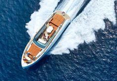 Vanquish VQ48 sports boat (4)