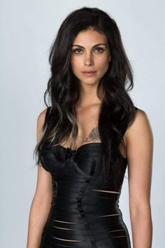 Morena Baccarin to Star in Sci-Fi Comedy Series for NENT Group's Viaplay - Morena Baccarin to Star in Sci-Fi Comedy Series for NENT Group's Viaplay - Prominente Beautiful Celebrities, Beautiful Actresses, Gorgeous Women, Beautiful People, Hottest Female Celebrities, Morena Baccarin Deadpool, Morena Baccarin Gotham, Femmes Les Plus Sexy, Sexy Women