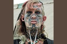 Tattooed Transsexual Poses For Most Terrifying Mugshot EVER Horrible Tattoos, Funny People Pictures, Mug Shots, New Kids, Macabre, Saving Money, Halloween Face Makeup, Poses, Guys