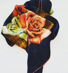 #vintage #vintageshop #flowers #roses #silk #seta #foulard #scarf #fashion