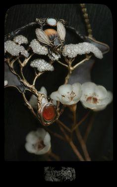 Beautiful jewellery by Valeria Myrusso