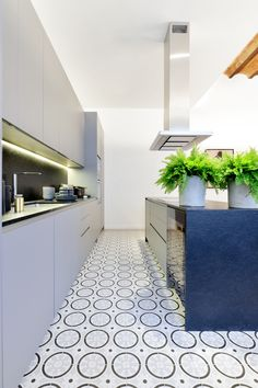 Open kitchen Open Kitchen, Tile Floor, Barcelona, Flooring, The Originals, Modern, Home, Design, House