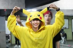 """When fans asked Kwangmin why he liked Pikachu he replied """"Because he is Yellow. And he goes Pika Pi Pikachu""""… Jo Youngmin, Boyfriend Kpop, Fans Cafe, Starship Entertainment, Pop Group, Going Out, Rapper, Pikachu, My Photos"""
