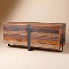 HG-reclaimed wood, natural yet contemporary