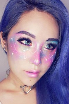 21 Galaxy Makeup Looks – Creative Makeup Ideas For Extraordinary Girls Galaxy makeup is suitable for artistic and bold women who are looking for something new. You will be the real star at a party in case you wear it. Fx Makeup, Cosplay Makeup, Costume Makeup, Hair Makeup, Makeup Geek, Crazy Makeup, Cute Makeup, Gorgeous Makeup, New Makeup Trends
