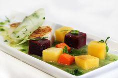 Seared Qualicum bay scallops, apple 'carpaccio', root veg, cucumber & champagne purée