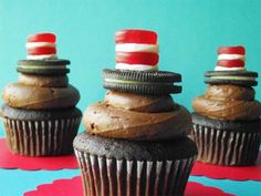 Cat in the Hat Cupcakes for Dr. Suess' B-day