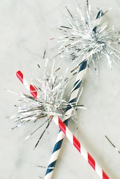 Craftykins // 4th of July Sparkler Drinking Straws