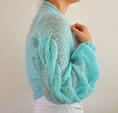 Made to Order Handmade Aqua Cable Mohair Shrug / Bolero - Bridal Shrug Knitwear Fashion, Knit Fashion, Look Fashion, Moda Crochet, Knit Crochet, Knitting Designs, Knitting Patterns, Bridal Bolero, Pulls