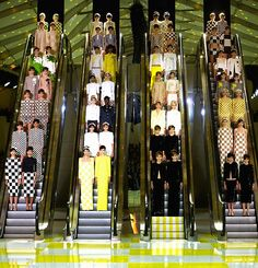 LOUIS VUITTON S/S 2013 Ready-To-Wear Show Finale
