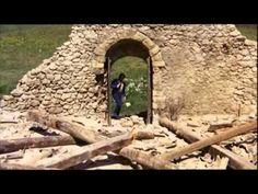 A Naphimnusz angol nyelven- Filmrészlet. Hallgasd meg figyelmesen az éneket, ha pedig lehetőséged van nézd meg a Napfivér Holdnővér cimű fimet is.