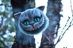 Чеширский кот по мотивам Тима Бёртона. Брошь.