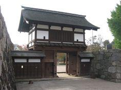 相关图片 Japanese Gate, Cabin, House Styles, Outdoor Decor, Home Decor, Decoration Home, Room Decor, Cabins, Cottage