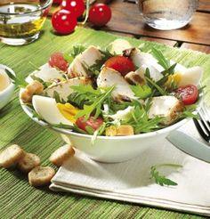 Salade gauloise de roquette et filet de poulet / Gallic rocket salad and chicken…