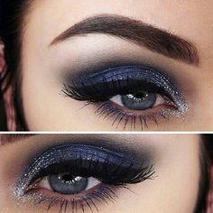 #glittermakeup #glittereyeshadows #eyeshadows #blueeyeshadows #eyeliner #cateyeliner #eyebrows #eyelashes #blueeyes