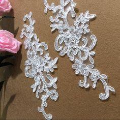 1 Pair Bridal Lace Applique Trim Appliques in Beige for