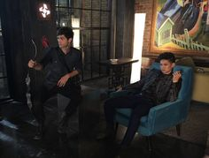 Alec Lightwood and Magnus Bane || Malec || Shadowhunters || Matthew Daddario and Harry Shum Jr