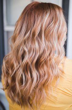 haar verven Strawberry blonde by Conlee Arpin Strawberry Blonde Highlights, Hair Highlights, Blonde Braids, Brown Blonde Hair, Black Hair, Honey Hair, Hair Color And Cut, Balayage Hair, Dyed Hair