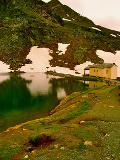 A small lake and chapel in Schwarsee, Switzerland. Such a peaceful place to spend time in.