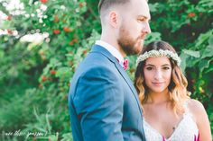 Rustic Elopement Session, Summer Wedding, Toronto Wedding Photographer, Wee Three Sparrows Photography #torontophotographer #weethreesparrows #elopement