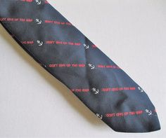 Men/'s Alynn 100/% Silk Navy Blue /& Yellow Gold Anchors Sailing Boat Necktie Tie
