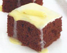 Bolo de Chocolate coberto com Chocolate Branco ~ Cozinha e Tals