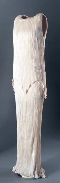 """Delphos"" Dress, Mariano Fortuny, 1920's, pleated silk: the white one..."