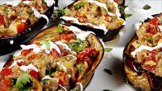 Auberginen er en god kjøtterstatter, med fyldig og god smak som funker fint med tomat. Dette er en vegatrett som er stappfull av umami.
