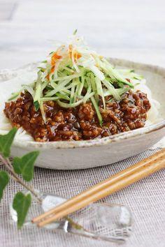 ジャージャーそうめん by さっちん (佐野幸子) 「写真がきれい」×「つくりやすい」×「美味しい」お料理と出会えるレシピサイト「Nadia | ナディア」プロの料理を無料で検索。実用的な節約簡単レシピからおもてなしレシピまで。有名レシピブロガーの料理動画も満載!お気に入りのレシピが保存できるSNS。