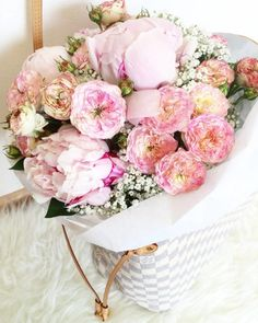 Favourite flowers Fresh flowers for this beautiful week 💐 . I'm in love with this peonies, lilies and hydrangeas. Fresh Flowers, Hydrangea, Peonies, Floral Wreath, Lily, Wreaths, Rose, Inspiration, Beautiful