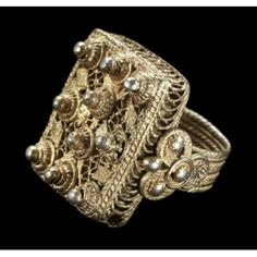 Maker: Wolof peoples Ring Date: 1950s-1970s Medium: Gold Geography: Senegal