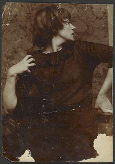 Artist & poet Emmy Hennings, c.1910