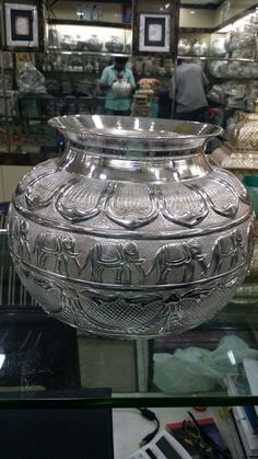 Binde Silver Lamp, Silver Trays, Silver Filigree, Antique Silver, Kerala Jewellery, India Jewelry, Silver Jewelry, Best Jewellery Design, Jewellery Display