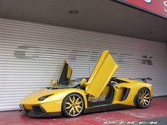 Office K Combines Novitec Torado And Forgiato Goodies To Restyle Lamborghini  Aventador Roadster
