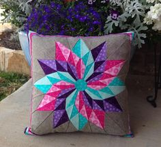 Looking for quilting project inspiration? Check out Good Luck Star Pillow by member LisaLakeJohnson. * 3 main colors, also show the 514 best images about patchwork pillow ideas on You have to see Good Luck Star on Craftsy! Wow what a star pattern on this Patchwork Quilting, Patchwork Cushion, Quilted Pillow, Pillow Fabric, Quilting Projects, Quilting Designs, Quilting Ideas, Quilt Block Patterns, Quilt Blocks