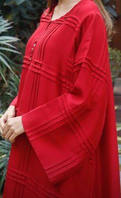 Simple Pakistani Dresses, Pakistani Fashion Casual, Indian Fashion Dresses, Pakistani Dress Design, Muslim Fashion, Women's Fashion, Fashion Outfits, Kurti Neck Designs, Kurta Designs Women