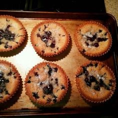 This blueberry cobbler takes just minutes to whip up and produces a rich cobbler filled with luscious blueberries. It's a Ree Drummond recipe. www.thesouthinmymouth.com Blueberry Cobbler, Ree Drummond, Blueberries, Comfort Foods, Muffin, Breakfast, Recipes, Morning Coffee, Berry
