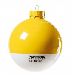 Seletti/Studio Badini Createam - Set di 4 palle Pantone in vetro soffiato diametro 8 cm (lovethesign.com).
